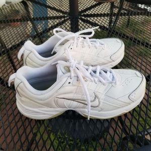 Nike white Court Lite 2 tennis shoes